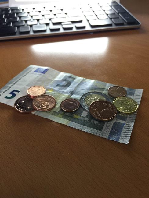 Bargeld oder EC-Karte